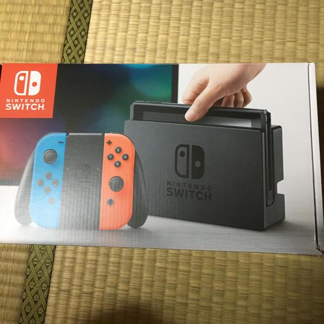 任天堂スイッチ エンタメ/ホビーのゲームソフト/ゲーム機本体(家庭用ゲーム機本体)の商品写真