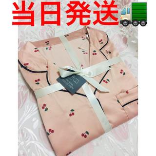 ジーユー(GU)のGU パジャマ チェリー 半袖ショートパンツ ピンクM (パジャマ)