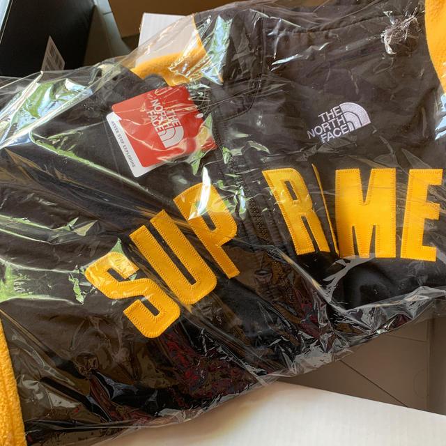 Supreme(シュプリーム)のsupreme the north face arc logo denali メンズのジャケット/アウター(ブルゾン)の商品写真