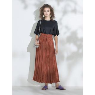 Mila Owen - ミラオーウェンサテンスカート