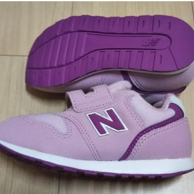 New Balance(ニューバランス)のニューバランス 16cm 値下げしました。 キッズ/ベビー/マタニティのキッズ靴/シューズ(15cm~)(スニーカー)の商品写真