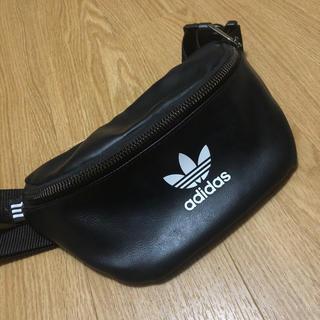 アディダス(adidas)のadidas ウエストバッグ(ウエストポーチ)