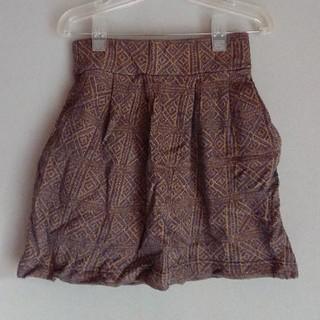 Mサイズ、ミニスカート(ミニスカート)