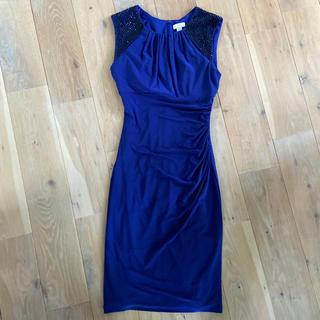 ビーシービージーマックスアズリア(BCBGMAXAZRIA)のCACHE ドレス(ミディアムドレス)