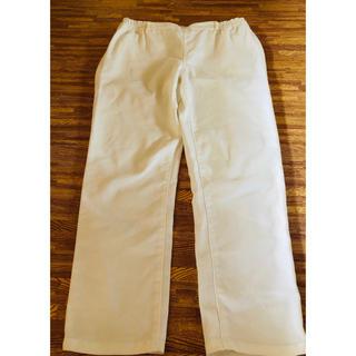 ジーユー(GU)の7分丈パンツ  ホワイト  レディース(クロップドパンツ)