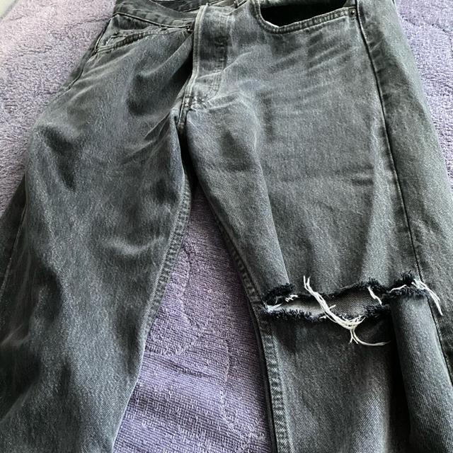 Levi's(リーバイス)のVetements  Levi's コラボ ダメージデニム メンズのパンツ(デニム/ジーンズ)の商品写真