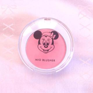 ディズニー(Disney)のミニーちゃん ♡ ウィッチズポーチ チークカラー 美品(アイシャドウ)