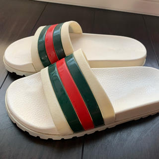 Gucci - GUCCI サンダル白27.0cm