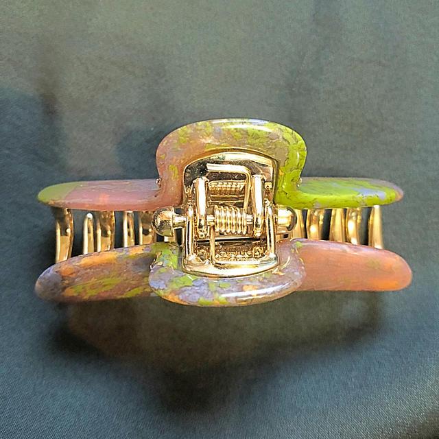 acca(アッカ)のaccaクリップ レディースのヘアアクセサリー(バレッタ/ヘアクリップ)の商品写真