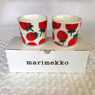 marimekko - 新品未使用⭐︎マリメッコ マンシッカ ラテマグ いちご マグカップ