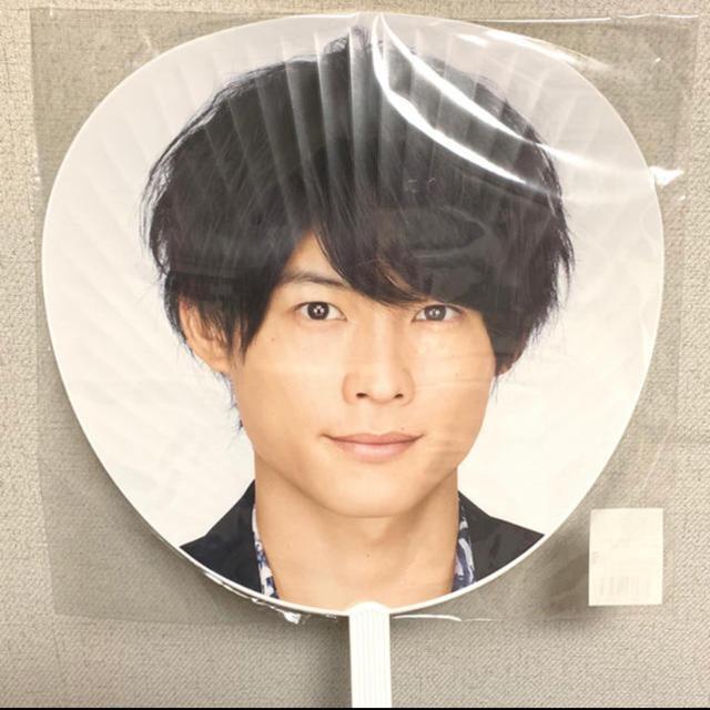 Johnny's(ジャニーズ)のSixTONES 松村北斗 うちわ エンタメ/ホビーのタレントグッズ(アイドルグッズ)の商品写真