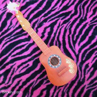 おもちゃウクレレ(楽器のおもちゃ)