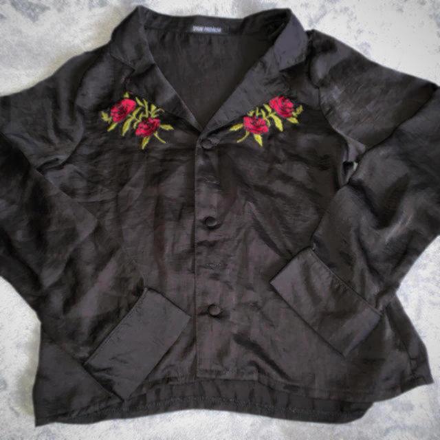 WEGO(ウィゴー)の刺繍レーヨンシャツ レディースのトップス(シャツ/ブラウス(長袖/七分))の商品写真