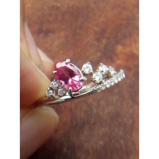 ホットピンクの素敵な色合い!Pt900ピンクスピネルリング 9号(リング(指輪))