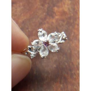 五弁花モチーフの素敵なリング!K18WGローズクォーツリング 10号(リング(指輪))