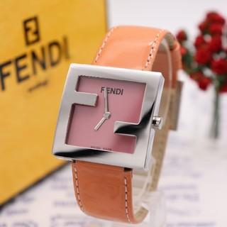 FENDI - 付属品完備【新品電池】FENDI 4000L/未使用品 ピンク 動作品