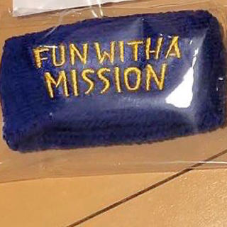 マンウィズアミッション(MAN WITH A MISSION)のMAN WITH A MISSION マンウィズ  2020 リストバンド 青(ミュージシャン)