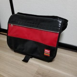 ショルダーバッグ Mobus モーブス レッド 赤色(メッセンジャーバッグ)