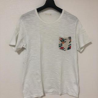 ジーユー(GU)のGUTシャツ(シャツ)