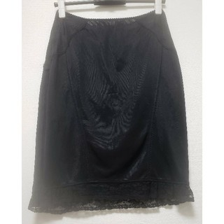 ドルチェアンドガッバーナ(DOLCE&GABBANA)のDOLCE&GABBANA レース・刺繍 膝丈 ニットスカート (ひざ丈スカート)