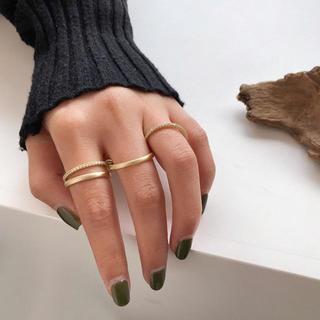 【新品】 4連リング 指輪  レディース トレンド  ゴールド シルバー(リング(指輪))