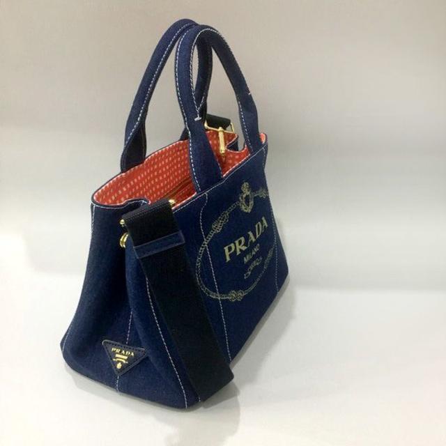 PRADA(プラダ)の送料込 2WAYバッグ ギンガムブルーPRADA レディースのバッグ(ショルダーバッグ)の商品写真