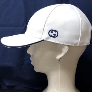 Gucci - 【新品未使用品】キャップ 帽子 白 グッチ GUCCI ロゴ 購入レシート有り