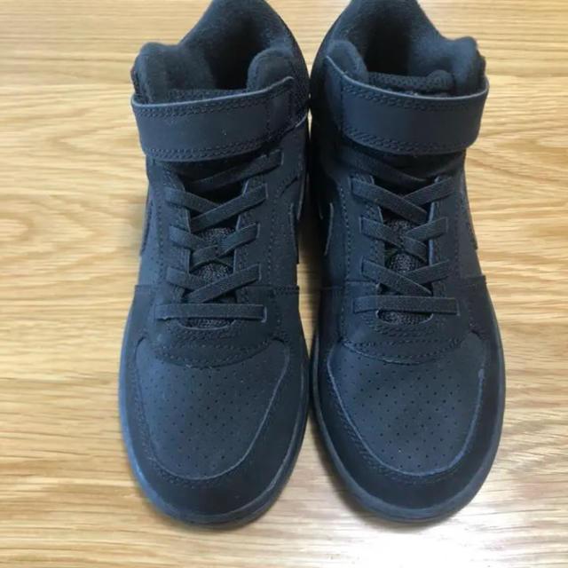 NIKE(ナイキ)の未使用ナイキ COURT BOROUGH LOW コートバーロウ 19.5センチ キッズ/ベビー/マタニティのキッズ靴/シューズ(15cm~)(スニーカー)の商品写真