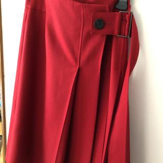 アドーア(ADORE)の【美品】アドーア 赤 ラップスカート(ひざ丈スカート)