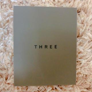 THREE - THREE シマリング グロー デュオ 01