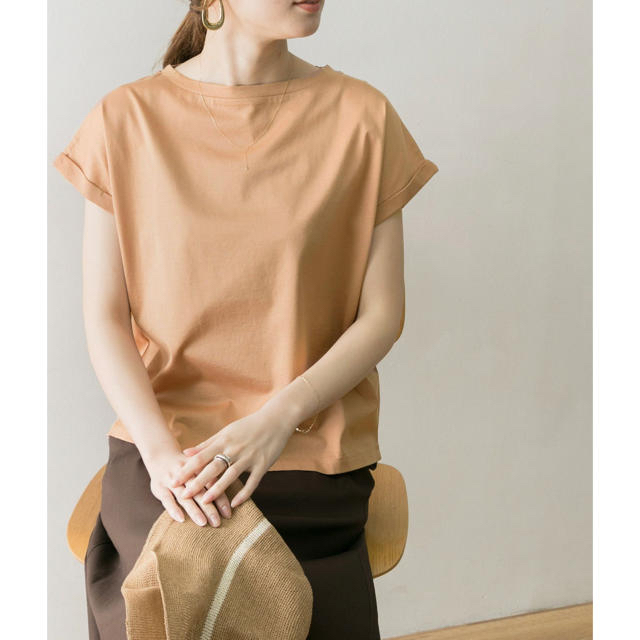 URBAN RESEARCH(アーバンリサーチ)の【新品】URBAN RESEARCH  ぺルビアンコットンTシャツ  レディースのトップス(Tシャツ(半袖/袖なし))の商品写真