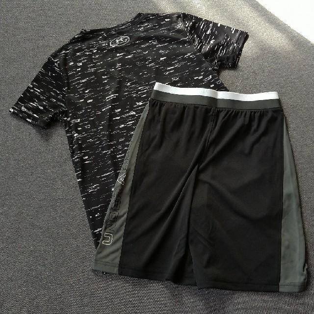 UNDER ARMOUR(アンダーアーマー)の新品!アンダーアーマー140Tシャツとハーフパンツ上下セット キッズ/ベビー/マタニティのキッズ服男の子用(90cm~)(Tシャツ/カットソー)の商品写真