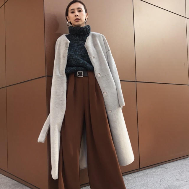 Ameri VINTAGE(アメリヴィンテージ)のAMERI 2WAY SOFT BOA LONG COAT レディースのジャケット/アウター(ロングコート)の商品写真