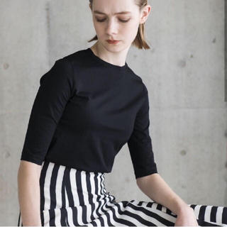 ドゥロワー(Drawer)のSHE Tokyo  シートーキョー ドレスTシャツ サブリナ 黒 サイズ1(Tシャツ/カットソー(半袖/袖なし))