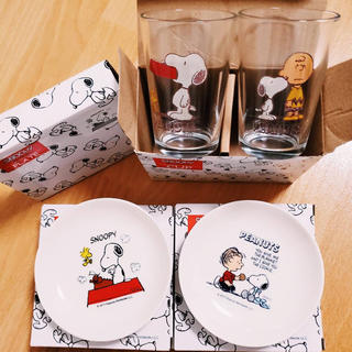 SNOOPY - SNOOPY 小皿3枚、コップ2個セット