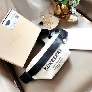 BURBERRY - Burberry ボディバッグ