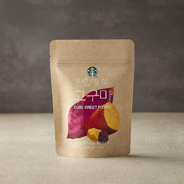 Starbucks Coffee(スターバックスコーヒー)の韓国 スタバ コグマ 食品/飲料/酒の食品(菓子/デザート)の商品写真