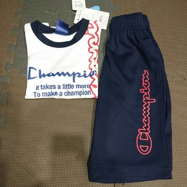Champion(チャンピオン)のチャンピオン  セットアップ  100㎝ キッズ/ベビー/マタニティのキッズ服男の子用(90cm~)(Tシャツ/カットソー)の商品写真