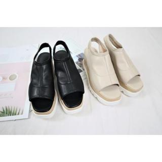 ザラ(ZARA)のjagged  nudie sandal(サンダル)