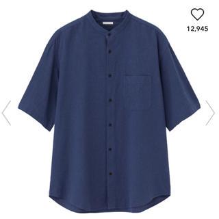 ジーユー(GU)のGU リネンブレンドスタンドカラーシャツ(5分袖)(シャツ)