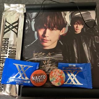 サンダイメジェイソウルブラザーズ(三代目 J Soul Brothers)のEXILE 三代目 NAOTO タペストリー&缶バッジセット(ミュージシャン)