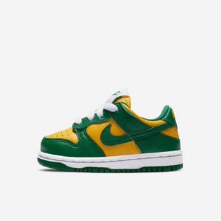 ナイキ(NIKE)のNike dunk low SP kids(スニーカー)