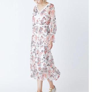 GRACE CONTINENTAL - coco様専用❣️グレースコンチネンタル スターチュール刺繍ワンピース