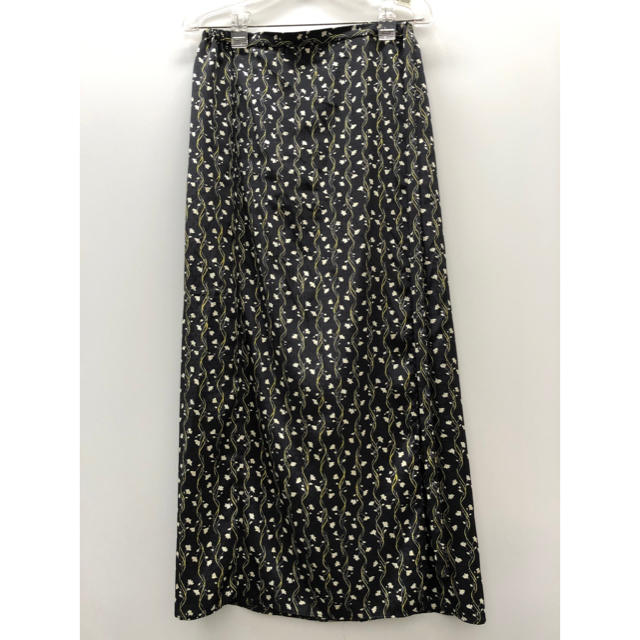 IENA SLOBE(イエナスローブ)のSLOBE IENA 花柄ロングスカート レディースのスカート(ロングスカート)の商品写真