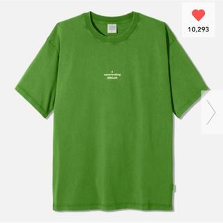 ジーユー(GU)の(GU)  STUDIO SEVEN  Tシャツ L グリーン コラボ(Tシャツ/カットソー(半袖/袖なし))