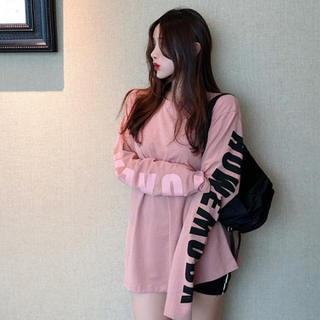 【即日発送】 ピンク 大きいサイズ バック ストリート系 ロゴ Tシャツ 長袖(カットソー(長袖/七分))
