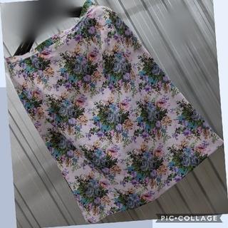 #86 ピンクフラワー柄Aラインスカート(ひざ丈スカート)