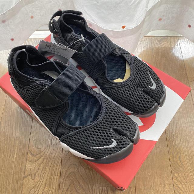 NIKE(ナイキ)のNIKE ナイキ AIR RIFT エアリフト 黒 24cm レディースの靴/シューズ(スニーカー)の商品写真