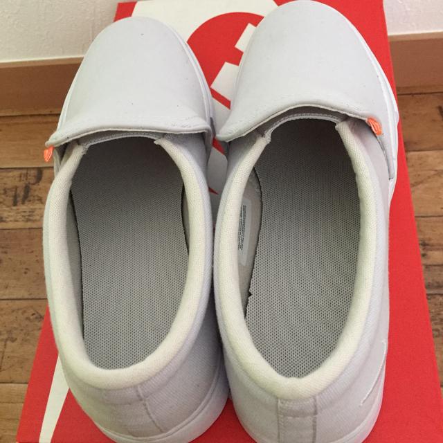NIKE(ナイキ)の新品✨ナイキ✨スリッポン/23/グレー レディースの靴/シューズ(スリッポン/モカシン)の商品写真
