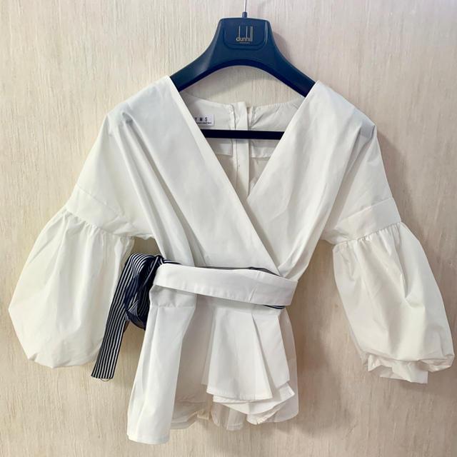 dholic(ディーホリック)の白シャツ ブラウス レディースのトップス(シャツ/ブラウス(長袖/七分))の商品写真
